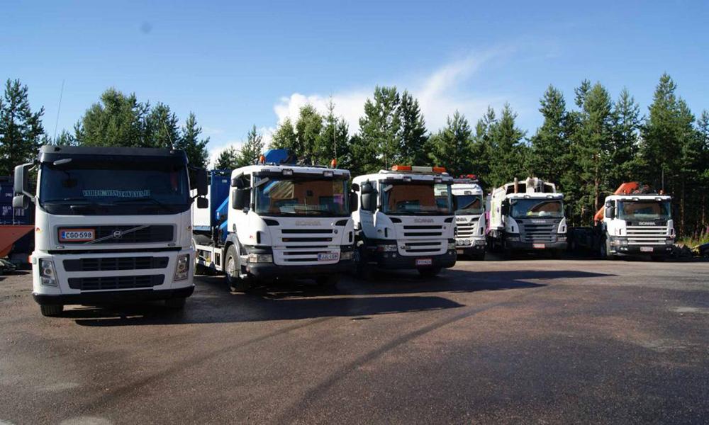 Kuljetusliike-Piharatamo-Etusivu-kalusto-1024x614